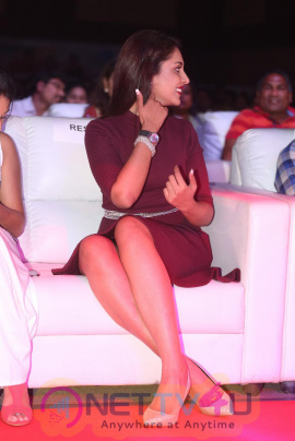 Madhu Shalini At Oopiri Audio Launch Images Telugu Gallery