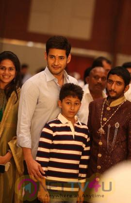mahesh babu family at adiseshagiri rao son engagement imges