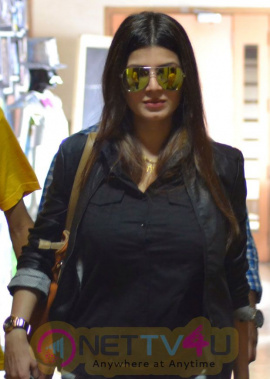 Malayalam Actress Kainaat Arora Hot Latest Stills