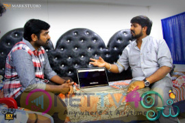 Mudinja Oru Kai Paaru Video Song From ‎Oyee‬ Released By Vijay Sethupathi Photos Tamil Gallery