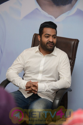 nannaku prematho ntr interview images