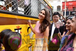 Oppo Launch Campaign Beautiful City With Parineeti Chopra Stills Hindi Gallery