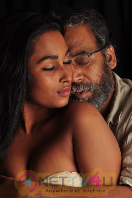 Oru Iyakkunarin Kadhal Diary Movie Stills Tamil Gallery