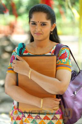 Oru Murai Vandhu Parthaya Malayalam Movie Stills