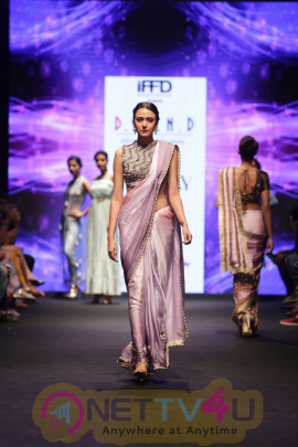 Photos Of Pooja Kumar Walks The Ramp For Jeevitha Perumal At India Runway Week 2016 Tamil Gallery