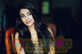 Mollywood Beauty Parvathy Nair New Images