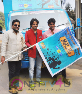 patriotic star saikumar and young hero aadi to participate in 92hrs 7 min rj marathon with rj shekar basha on wheels live
