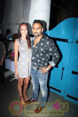 Photos Of Baar Baar Dekho Movie Wrap Up Party With Siddharth Malhotra Hindi Gallery