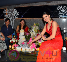 Photos Of Bollywood Actress Miss Universe India 2015 Urvashi Rautela Celebrates Her Birthday With Her Family And Director Inder Kumar