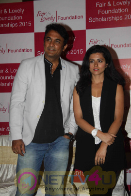 Photos Of Fair & Lovely Foundation Scholarship Program Hindi Gallery