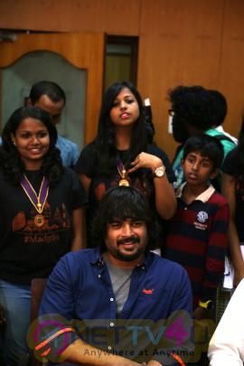 photos of tamil movie irudhi suttru team at ethiraj college for irudhi suttru promotions