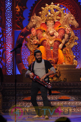 Riteish Deshmukh & Nargis Fakhri Promote Banjo On The Set Of Kumkum Bhagya Stills