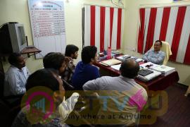 Rojulu Marayi Team Meet Khammam DSP Suresh During Success Tour Photos Telugu Gallery