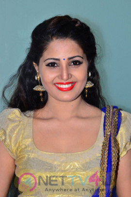 rare pics of actress sandra amy at urumeen movie audio launch