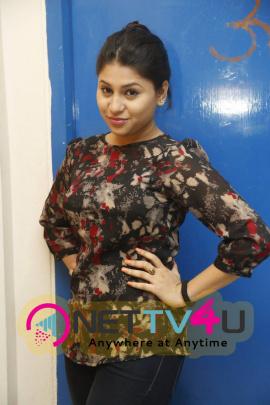 Recent Images Of Actress Hamida At Sahasam Cheyara Dimbaka Movie Preview Show