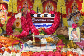Santhanam In Odi Odi Uzhaikkanum Movie Launch Stills Tamil Gallery