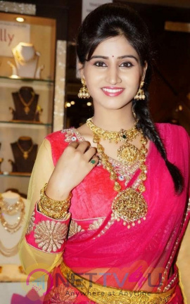 Shamili Agarwal Actress Photos Stills