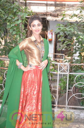 Shilpa Shetty At India's First Ever Virtual Reality Game For The Animated Film Chaar Sahibzaade Stills Hindi Gallery