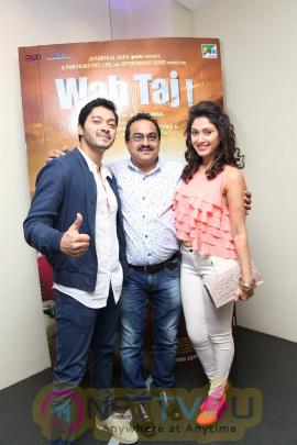 Shreyas Talpade & Manjari Phadnis At Special Screening Of Film Wah Taj Pics