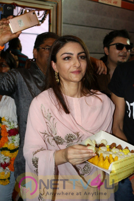 Soha Ali Khan & Vir Das To Take Blessings Of Bappa For Movie 31 October Photos Hindi Gallery
