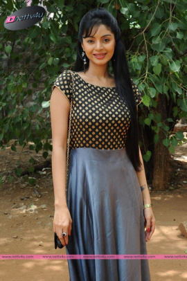 sanam cheety latest pic 22