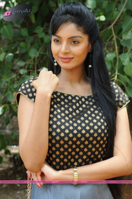 sanam cheety latest pic 28