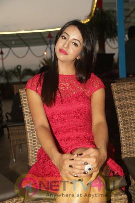 Actress Sanjjanaa Exclusive Glamour Photos