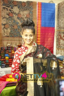 silk and cotton fab exhibition launch photos of actress anukriti sharma