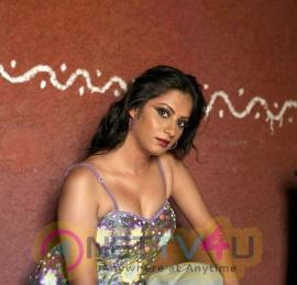 Sindhu Tolani  Unseen Hot Photoshoot Hindi Gallery