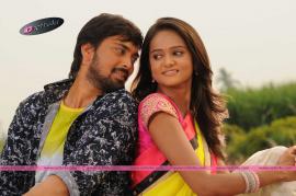 South Indian Telugu Movie Godavari Navvindhi Stills