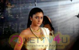 Tamil Actress Kanika Latest Hot Stills Tamil Gallery