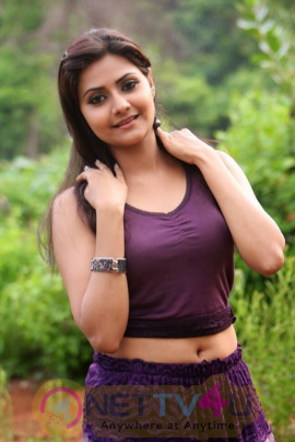 Tamil Actress Manochitra Latest Exclusive Photos Tamil Gallery