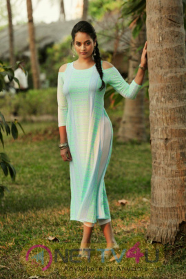 Tamil Actress Suja Varunee Latest Excellent Photos
