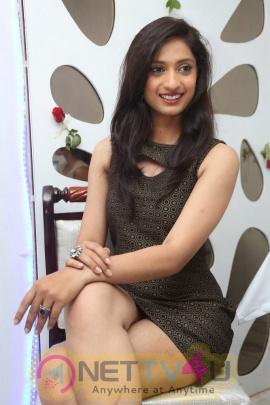 Telugu Actress Anusha Latest High Quality Images Telugu Gallery
