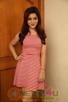 Telugu Actress Ragini Nandwani New Stylish Photos