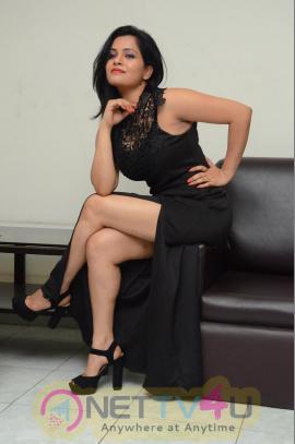 Telugu Actress Revathi Chowdary Hot Photo Shoot Images Telugu Gallery