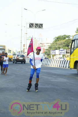 The Grand Maall Hosts Celebration Of Spirit Of Pinkathon Run To Chennai Handsome Stills Tamil Gallery
