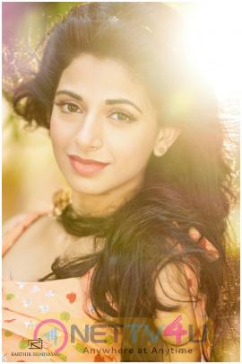 tamil actress actress iswarya menon stills