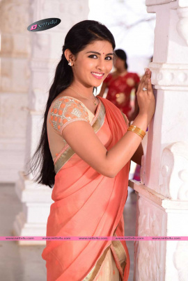 tamil actress kruthika jayakumar latest cute stills