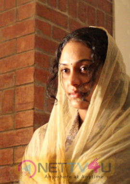 Tamil Actress Rupa Manjari Gallery Images Clips