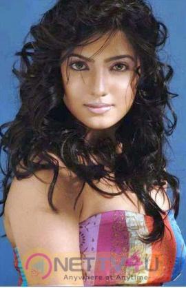 Tamil Actress Samantha Hot Photo Shoot Stills