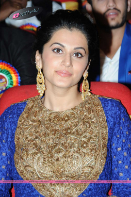 tamil cute actress tapsee pannu in blue dress