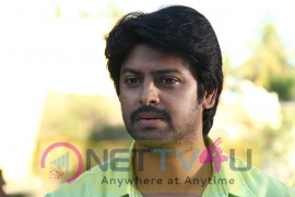 Tamil Movie Actor Srikanth Glamour Photo