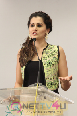 tamil movie actress taapsee pannu hot images