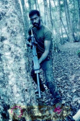 tamil movie moondram ulaga por images 1