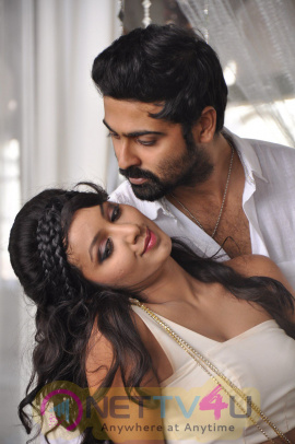 Tamil Movie Natpathigaram Glamour Photos & Poster