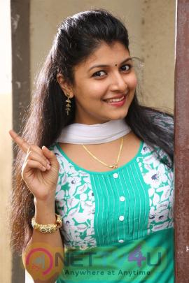 Tamil Movie Paandi Yoda Galatta Thaangala Press Release Stills Tamil Gallery