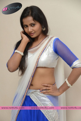 telugu actress anusha hot photo gallery