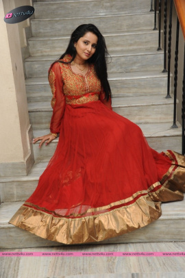 Telugu Actress Ishika Singh Recent Photographs