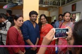telugu actress jyothi lakshmi movie pressmeet pics